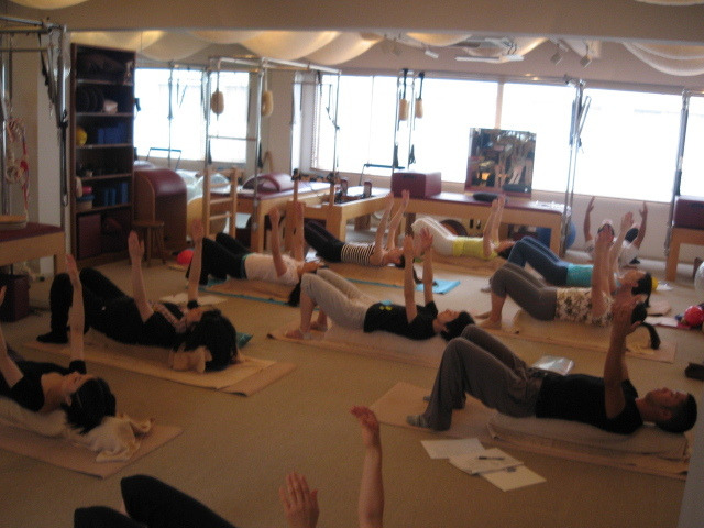 スタジオA・CORE official Blog-11 July Pilates with small props 1