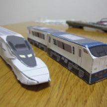 ペーパークラフト電車