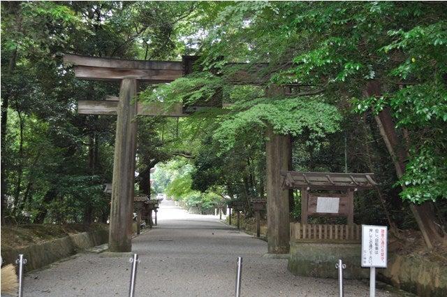 茶々吉とデジ一 のんびり旅-2010/7/27石上神宮2