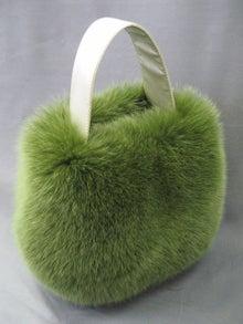 大木毛皮店工場長の毛皮修理リフォーム-フォックスのバッグとカフス