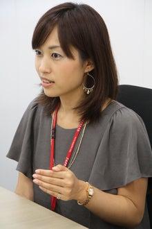 美人事ドットコムのブログ-真剣な表情