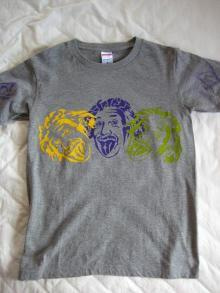 ステンシルTシャツを創造せよ
