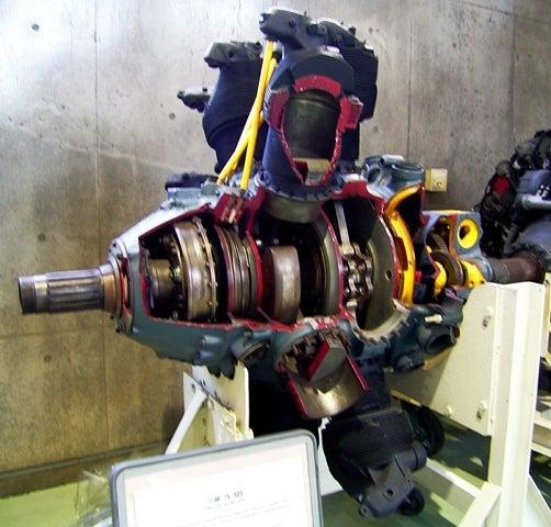 三菱自動車のエンジン名って…? ...