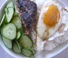 アキステの野菜料理-ハン卵丼