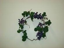 $大阪市内 ソフト粘土・ろうの花・アロマ・カラーなどのお教室「趣味のアトリエろころん」のブログ  堺からも通えます-ソフト粘土で葡萄のリース 生徒さんの作品