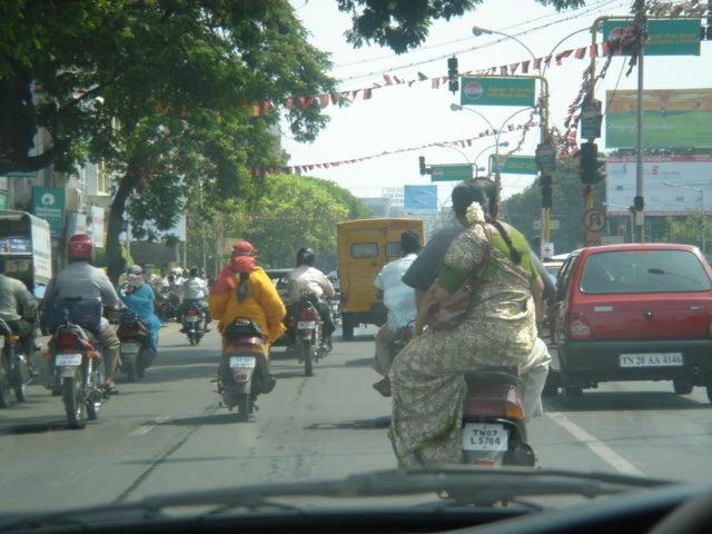 インドの面白いバイクたち