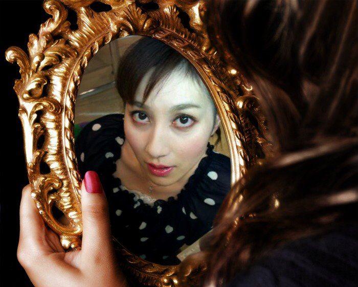 O blog powered by ameba for Mirror 7th girl