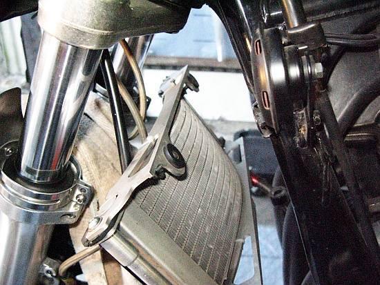 レオピン十兵衛のXJR1200ブログ-xjr エンジンヘッド06