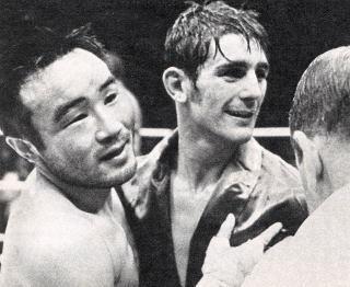 WBC世界王座vs 関 光徳・日本人...
