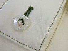 ヒロアミーの日記-ボタンにビーズ刺繍