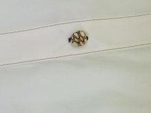ヒロアミーの日記-ボタンに刺繍