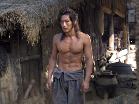 西島秀俊の筋肉がかっこいい ...
