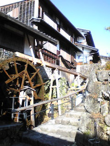 https://stat.ameba.jp/user_images/20101214/11/maichihciam549/9b/71/j/t02200293_0240032010916963551.jpg
