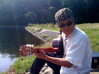 $大切なものは手から手へ 旅の音楽家 丸山祐一郎&はるちゃんの旅日記