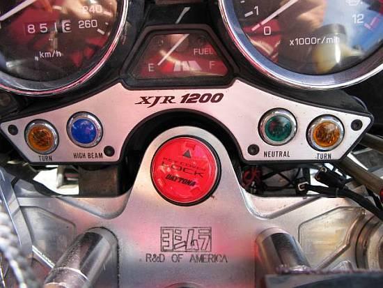 レオピン十兵衛のXJR1200ブログ