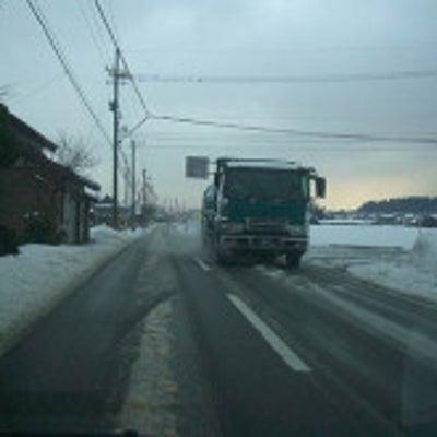 ●この汚れって何が原因??冬の汚れは危険!●雪道走行のダメージを残さない「洗車テの記事に添付されている画像