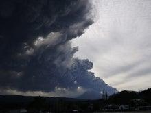 宮崎県繁殖農家のブログ-新燃岳1