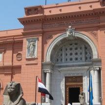 揺れるエジプト