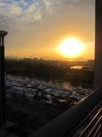 $旅する姫のブログ-マイアミ:グランドビーチホテル運河側