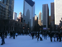 ON THE CHICAGO -millennium park スケート広場。