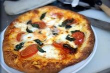 食べて飲んで観て読んだコト-ピザ