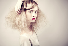 $PARISでヘアメイクCOIFFEUSE-MAQUILLEUSE