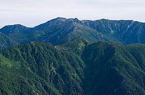 300px-Mt_Kisokomagatake_from_Mt_Utsugidake_01.jpg