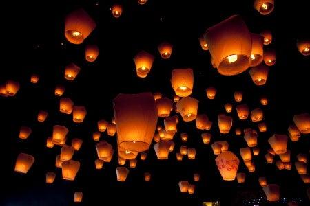 スタジオ ハルカ-天燈祭り