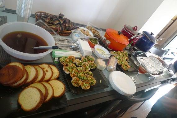 picnic in the room