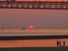 歩き人ふみの徒歩世界旅行 日本・台湾編-明石海峡に沈む夕日