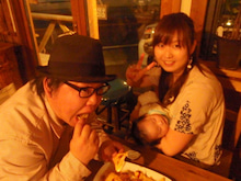 $LICKS ☆  LUNCH & DINNER
