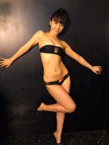 黒田有彩さんの水着