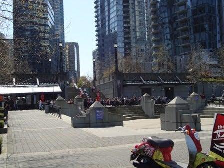 i Canada-Apr 23'11⑤ i Canada