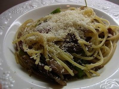 イタリア発 シンプル、幸せ、おいしい暮らしのレシピ-アスパラ舞茸2