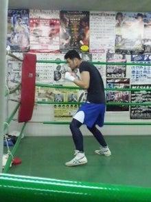 18鴻巣ボクシングジム-110428_1948~03.jpg