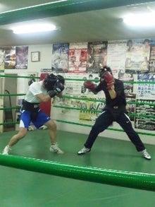 18鴻巣ボクシングジム-110430_1952~01.jpg