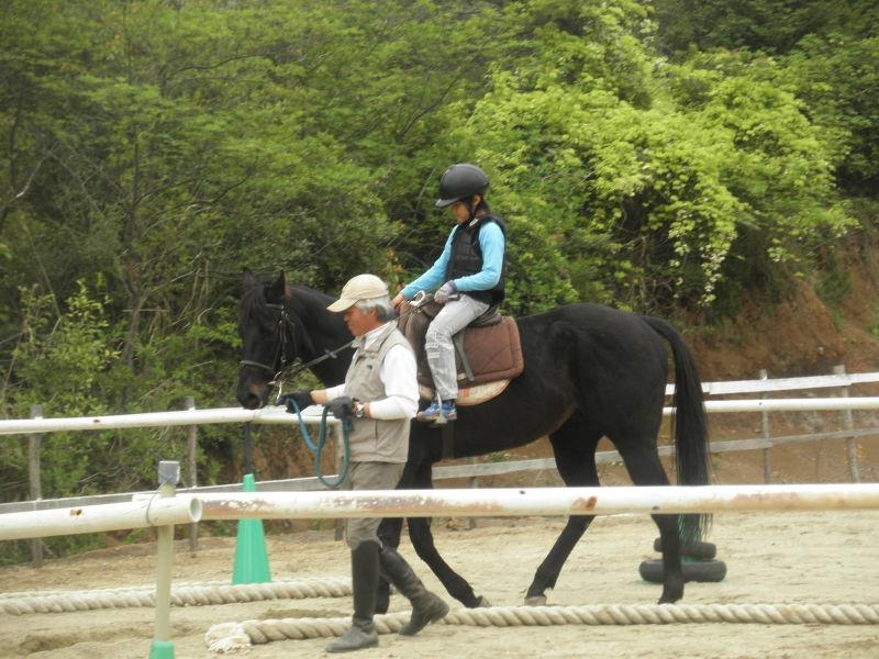 馬を愛する男のブログ Ebosikogen Horse Park-アーサーに乗った男の子