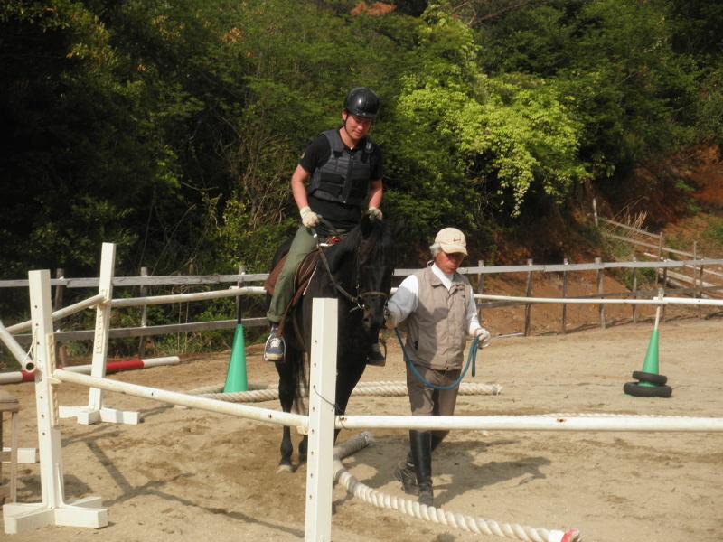 馬を愛する男のブログ Ebosikogen Horse Park-速歩の練習