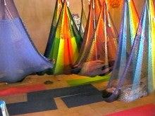 $Manami's diary-hammock yoga0515_1