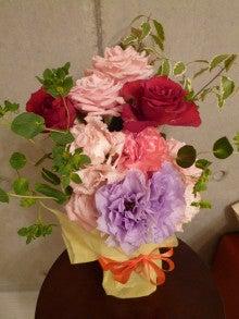 """『愛と調和』 『感謝』 パーソナルトレーニング ~""""本質・違いを 『観じる』 トレーナー"""" 上山純一 ~-Flowers in my room ①  (Apr. 25, 2011)"""