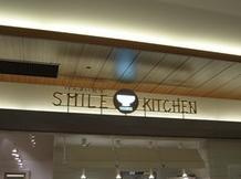 Dolphin's Holiday-SMILE KITCHEN_看板
