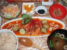 Dolphin's Holiday-SMILE KICHEN_野菜たっぷり鶏のトマトソース