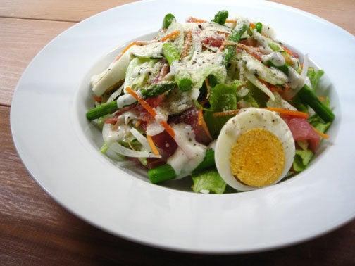 ひよこ食堂-生ハムグリーンサラダ01