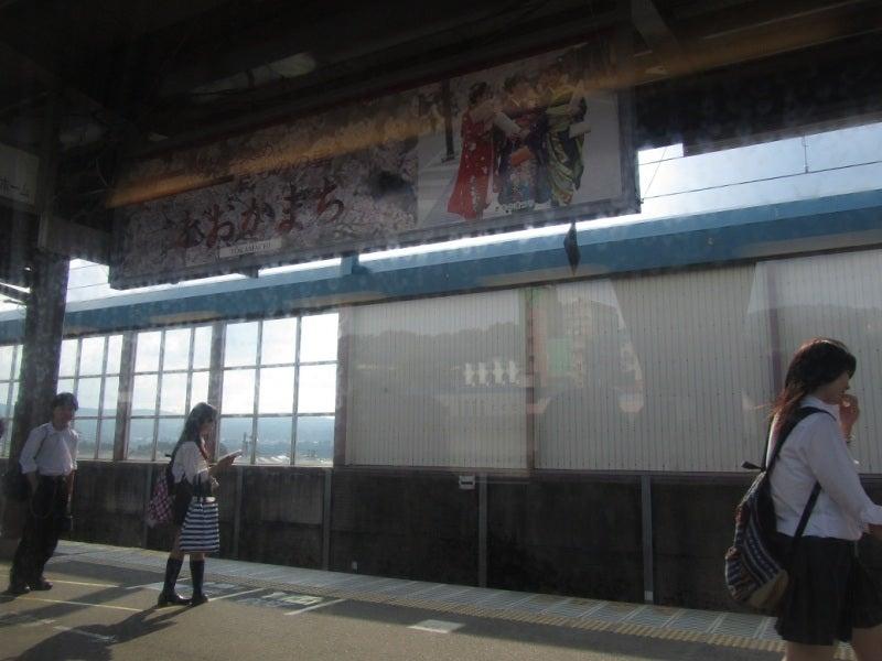 十日町駅 女子高生