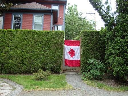 i Canada-Jul 1'11 ③ i Canada