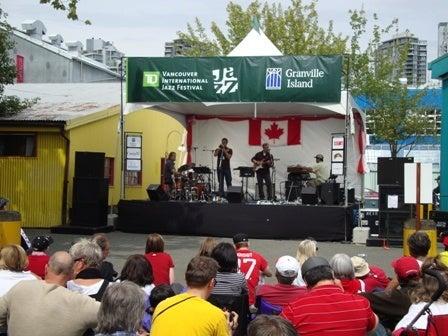 i Canada-Jul 2'11 ⑤ i Canada