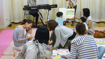マタニティママと赤ちゃんの大事な時期をオシャレにメッセージ♪マタニティのシンボルマークBABY in ME公式ブログ-七夕コンサート赤ちゃんたち1
