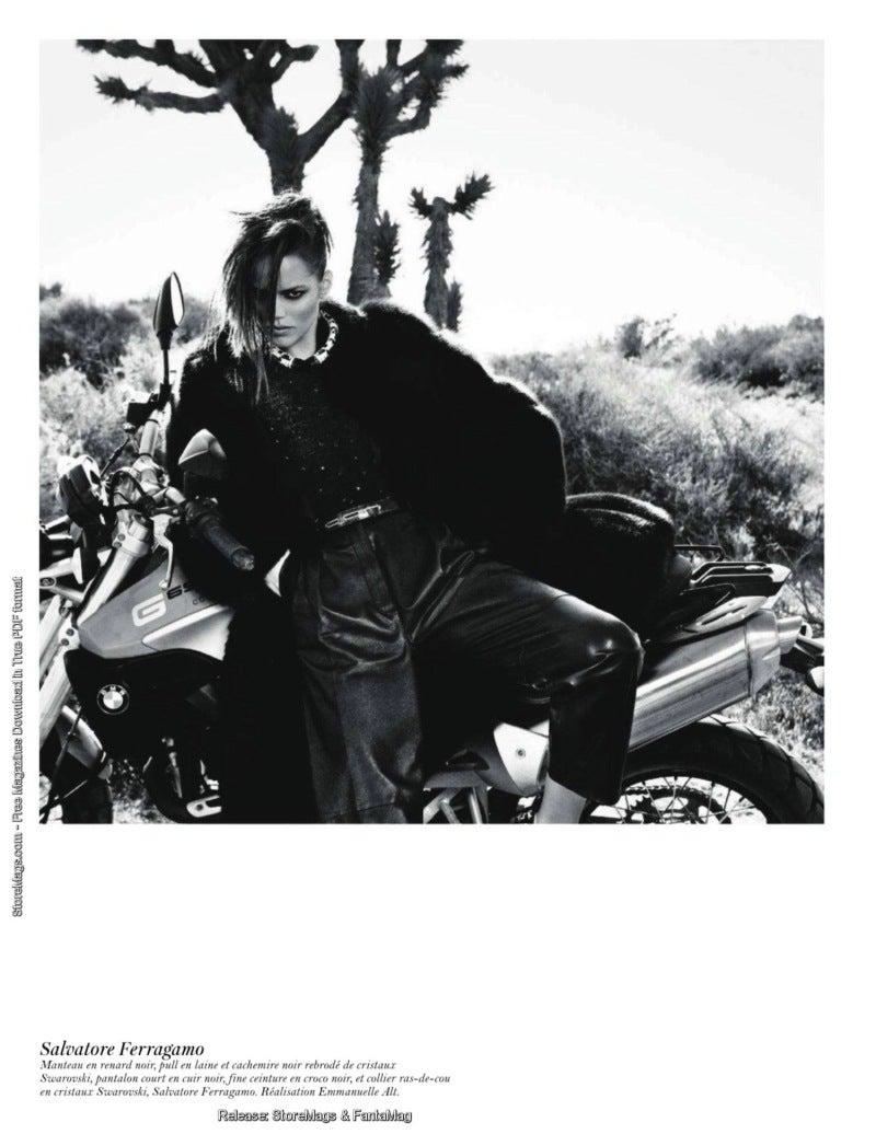 Vogue Paris August 2011 8