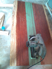 またまたスゴイ木!ブビンガのカウンター板!の記事より