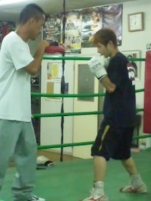 18鴻巣ボクシングジム-110728_1859~02.jpg